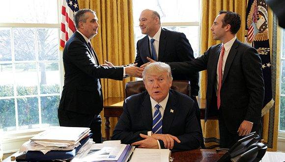 Donald Trump, en el despacho Oval de la Casa Blanca. Foto: Joshua Roberts/ Reuters.