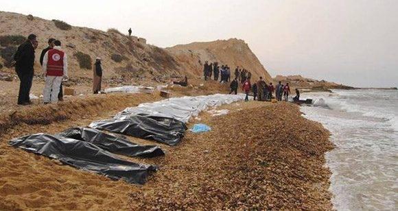 Se ahogan 74 migrantes en el mar Mediterráneo