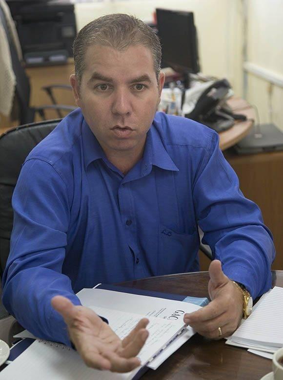 Vladimir Regueiro, director de Ingresos en el Ministerio de Finanzas y Precios. Foto: Ismael Francisco/ Cubadebate.