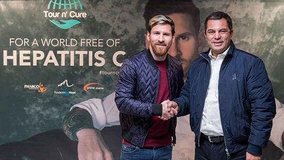 Messi, contra la Hepatitis C en Egipto- Foto: Cairoscene team.
