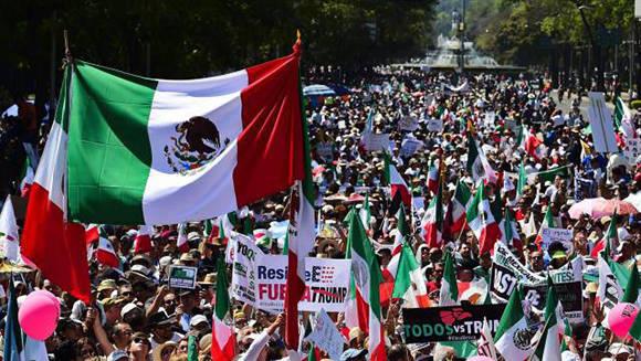 México se lanza a las calles para protestar contra las políticas discriminatorias de Donald Trump. Foto: Ronaldo Schemidt/ AFP.