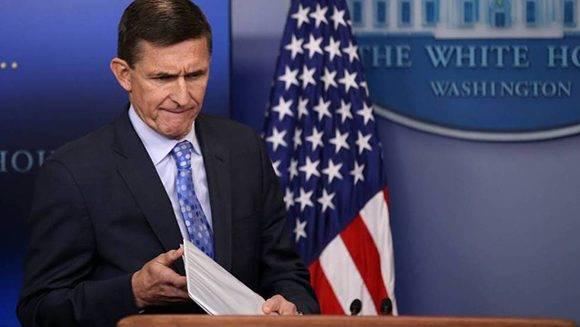 Dimite el general retirado Michael Flynn. Foto: Reuters.