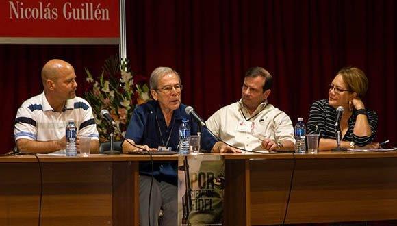 Panel de las Conferencias: Concepción de Fidel sobre el papel de la cultura en la Revolución Cubana y Humanismo de Fidel y su legado, durante el coloquio Fidel, Política y Cultura, en la XXVI Feria Internacional del Libro de La Habana, en la fortaleza San Carlos de La Cabaña, en La Habana, Cuba, el 11 de febrero de 2017. ACN FOTO/Rafael FERNÁNDEZ ROSELL/sdl