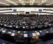 Miembros del parlamento europeo rechazan posible embajador designado por Donald Trump. Foto:    AFP/ Patrick Hertzog.