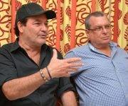 El actor Jorge Perugorría (I), Presidente del Comité Organizador del Festival Internacional de Cine de Gibara, junto a Roberto Smith (D), Presidente del Instituto de Arte e Industria Cinematográfica (ICAIC), durante la conferencia de prensa efectuada en el salón del protocolo del teatro Eddy Suñol, de la ciudad de Holguín, Cuba, el 24 de febrero de 2017.       ACN  FOTO/ Juan Pablo CARRERAS/ rrcc