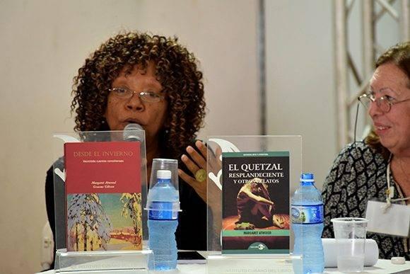 Nancy Morejón valoró la poesía de Atwood. Foto: Cinthya García Casañas/ Cubadebate.