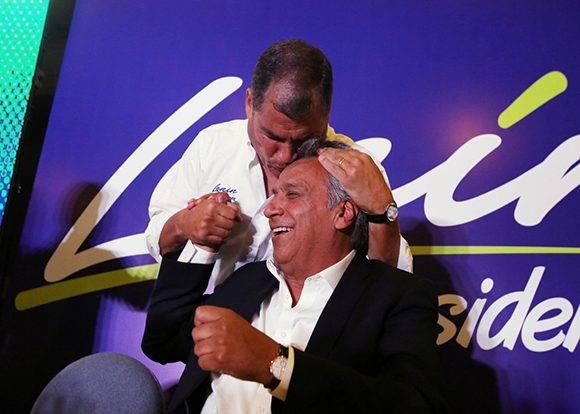 Rafael Correa y Lenín Moreno, líderes de Alianza País. Foto: Reuters/ Mariana Bazo.