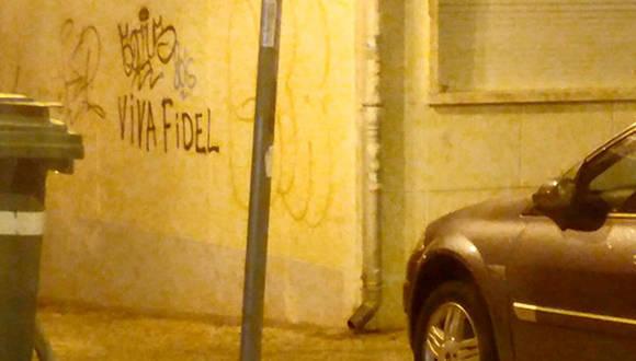 ¡Viva Fidel! en Lisboa. Foto: Tomada del Facebook de Johana Tablada.