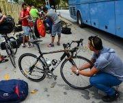 Ciclistas arriban a la ciudad de Guantánamo para competir en el IV Clásico Nacional de Ciclismo de ruta, el domingo 12 de febrero de 2017. FOTO de Calixto N. Llanes/Juventud Rebelde (CUBA)