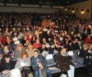 A teatro lleno ocurró el sábado el homenaje a Fidel en Madrid. Foto: Página de Facebook del Embajador de Cuba en España