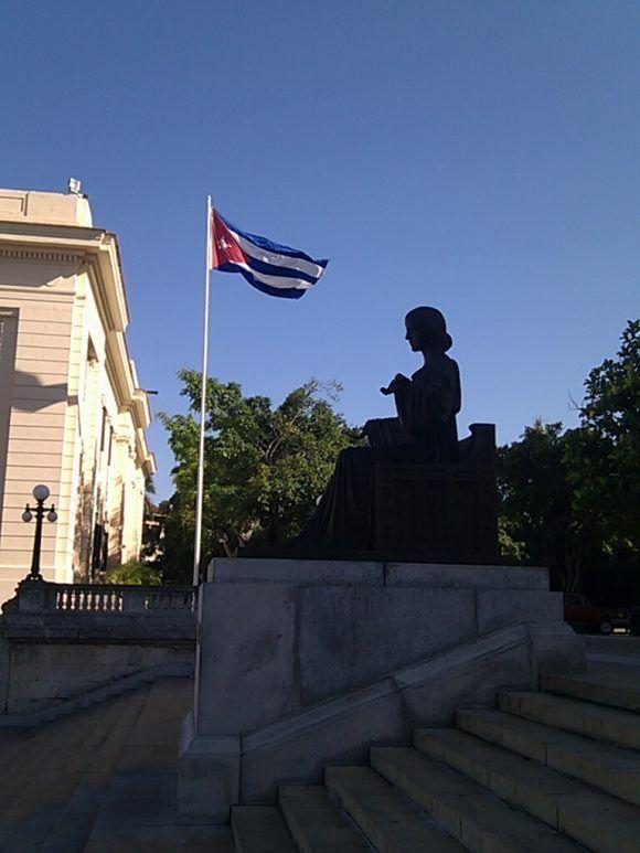 Alma Mater. Foto: Oscar M. Villa / Cubadebate