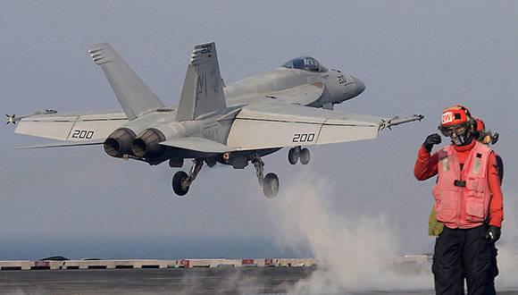 Avión caza de EEUU despega del portaaviones USS Ronald Reagan en aguas de Corea del Sur. Foto: Getty Images/ Archivo.