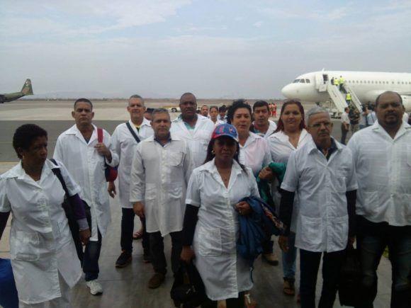 Llegó a Perú brigada médica cubana para socorrer a damnificados por fuertes lluvias