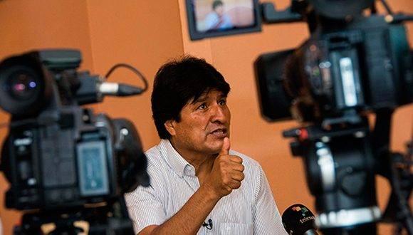 Evo Morales Ayma, Presidente del Estado Plurinacional de Bolivia, ofrece declaraciones a la prensa, en El Laguito, en La Habana, Cuba, el 6 de marzo de 2017. ACN FOTO/ Marcelino Vázquez Hernández.