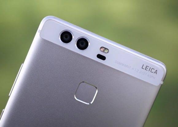 Huawei P9 con cámara dual. Foto tomada de ReviewDG.