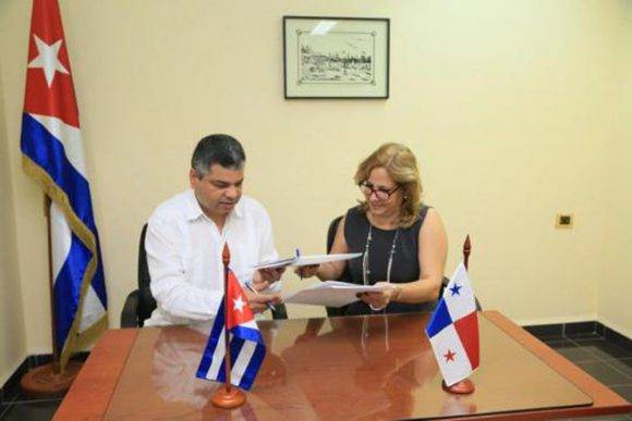 Suscriben Cuba y Panamá Memorando para regular flujo migratorio