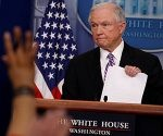 El fiscal general, Jeff Sessions, en la Casa Blanca. Foto: Reuters.