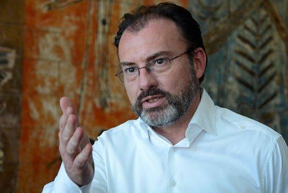 Luis Videgaray, secretario de Relaciones Exteriores de México, durante sus declaraciones a la Agencia Cubana de Noticias (ACN), en el marco de la XXII Reunión Ordinaria del Consejo de ministros de la Asociación de Estados del caribe (AEC), realizado en el Hotel Habana Libre, el 10 de marzo de 2017. Foto: Abel Padrón/ ACN.