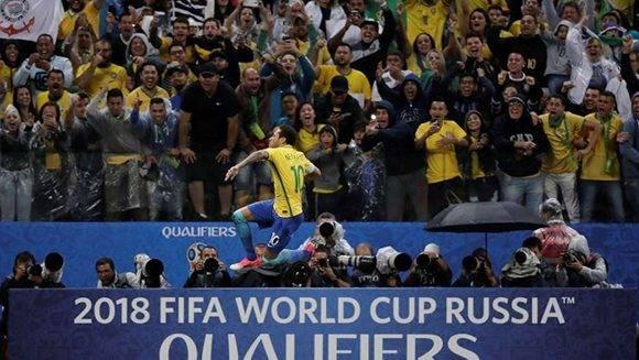 neymar-brasil-paraguay