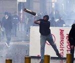 protestas-en-napoles-contra-la-presencia-de-matteo-salvini-en-la-ciudad