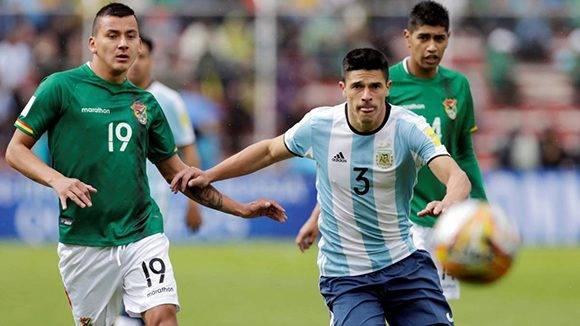 Argentina cae al quinto lugar de las eliminatorias en Sudamérica y está en puesto de repechaje. Foto: David Mercado/ Reuters.