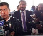 canciller_boliviano_despide_en_el_aeropuerto_a_familiares_de_detenidos
