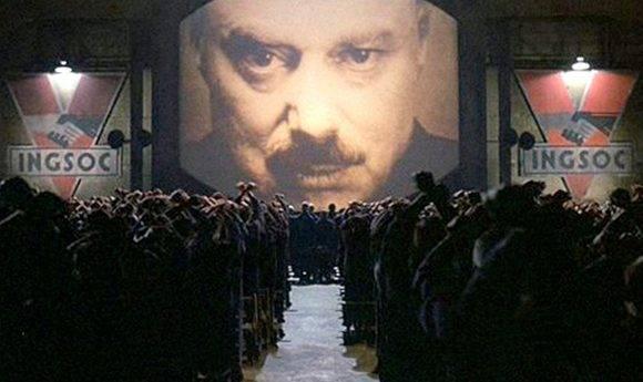 """Ignacio Ramonet compara la vigilancia de hoy en internet con el Gran Hermano de la novela """"1984"""" de George Orwell."""