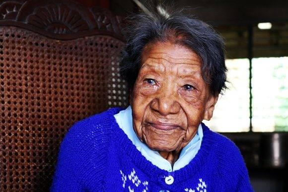 La cienfueguera María Emilia Quesada Blanco, con 116 años de edad, podría estar entre las cuatro personas más longevas del mundo. Sin dudas, actualmente encabeza la lista en el ámbito nacional. Foto: Darío Gabriel Sánchez García/Cubadebate.