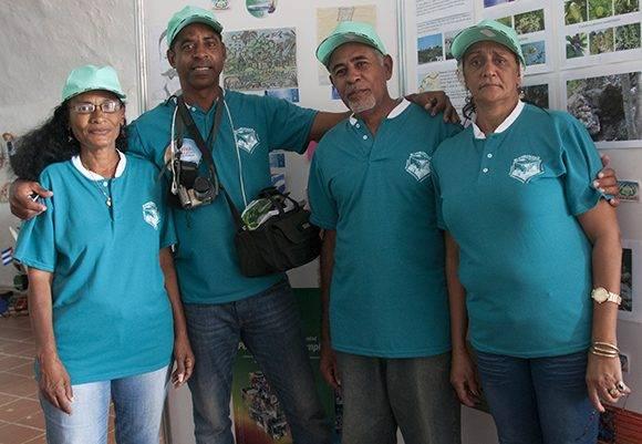 Integrantes del Grupo Gestor comunitario ambiental Casablanca. Foto: Ladyrene Pérez/ Cubadebate.
