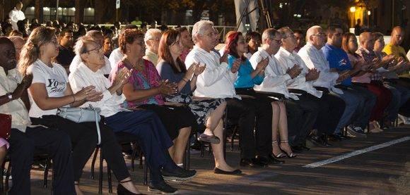 Cubanos rinden homenaje a los héroes del 13 de Marzo