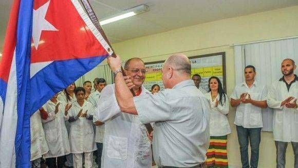 medicos-cubanos-a-peru