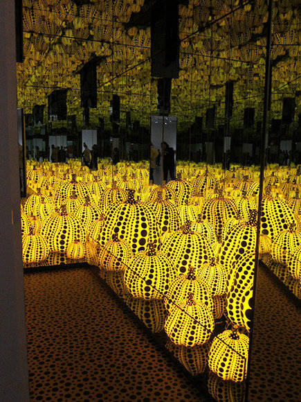 """Yayoi Kusama, """"Infinity Mirrored Room — All the Eternal Love I Have for the Pumpkins"""" (2016)."""