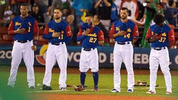Finalmente será Venezuela quien dispute el partido de desempate ante Italia. Foto:  @WBCBaseball/ Twitter.