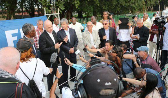 Infantino hace declaraciones a la prensa. Foto: Mónica Ramírez / JIT