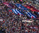 La juventud cubana encabezó la marcha. Foto: L Eduardo Domínguez/ Cubadebate.