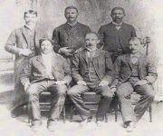 Con integrantes del cuerpo de consejo del PRC en Kingston, Jamaica, 10 de octubre de 1892.