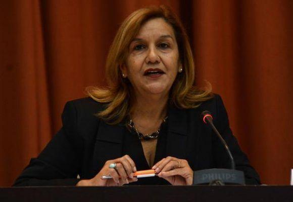 Conferencia magistral de Elba Rosa Pérez Montoya, ministra de Ciencia , Tecnología y Medio Ambiente (CITMA), en el encuentro internacional por la unidad de los educadores Pedagogía 2017, en el Palacio de las Convenciones, en La Habana, el 1 de febrero de 2017. ACN FOTO/Marcelino VÁZQUEZ HERNÁNDEZ/dirr