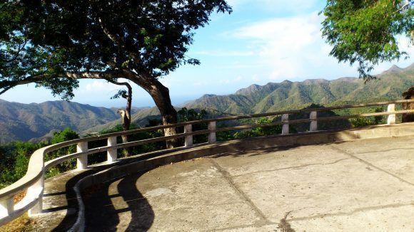 Hermoso paisaje desde el viaducto de La Farola, Baracoa, Guantánamo. Foto: Félix Morris Martínez / Cubadebate