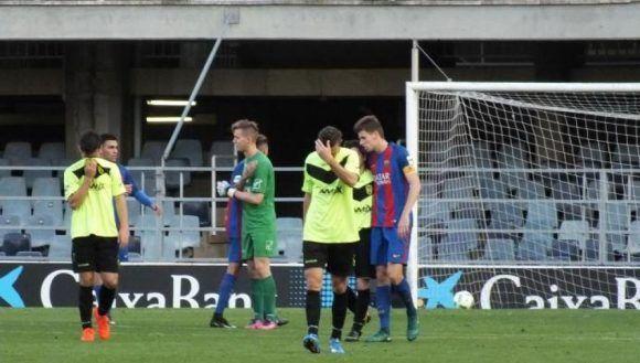 Jugadores del Eldense caen derrotados por los del Barcelona B. Foto tomada de Antena 3.