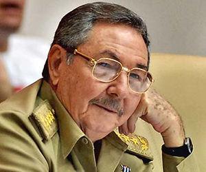 """Raúl Castro: """"Son los documentos más estudiados, discutidos y rediscutidos de la historia de la Revolución""""."""