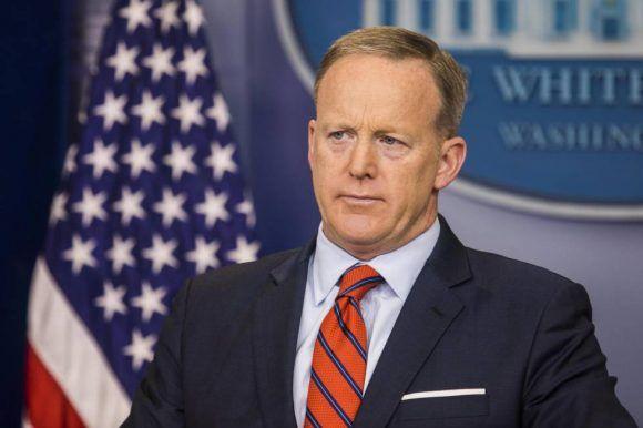 Sean Spicer, secretario de prensa de la Casa Blanca. Foto tomada de El País.