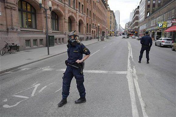 La policía arrestó a un sospechoso. Foto: Anders Wiklund/ TT News Agency.