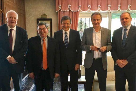 El canciller cubano se reunión con el expresidente José Luis Rodríguez Zapatero y otros políticos.