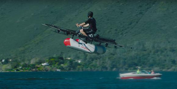 """El co-fundador de Google, Larry Page, desea lanzar al mercado esta especie de """"dron gigante"""" a finales de año.  Foto: Kitty Hawk/ Youtube."""