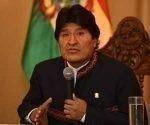 El mandatario en su primera conferencia de prensa desde el Palacio de Gobierno, después de varios días de reposo por una operación de la garganta. Foto: Prensa Palacio de Gobierno.