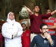 Esta segunda explosión ha tenido lugar durante una celebración pascual presidida por el Papa de la Iglesia copta, Teodoro II, que ha resultado ileso. Foto: AFP.