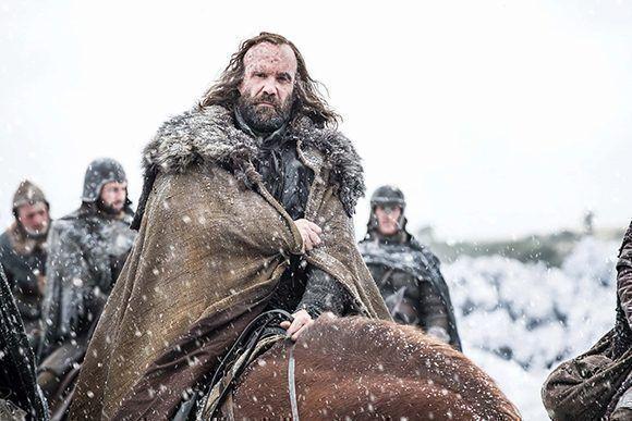 """Todavía no sabemos por cuál bando peleará """"El Perro"""", Sandor Clegane o si se unirá a la Hermandad. Foto: HBO."""