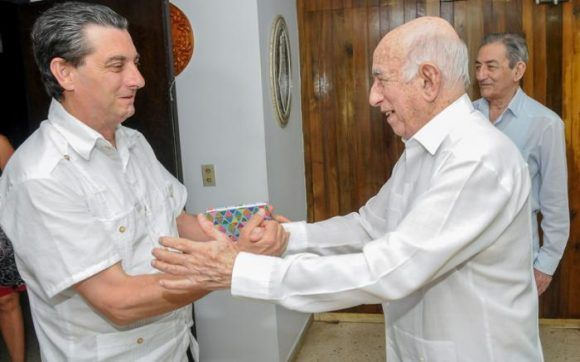 Cuban Vice President Receives Delegation from Spanish Communist Party