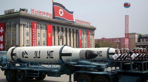 misiles-norcoreanos-mostrados-en-desfile-militar-del-15-de-abril-de-2017