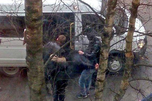 Detienen a sospechosos en San Petersburgo. Foto tomada de Prensa Latina.